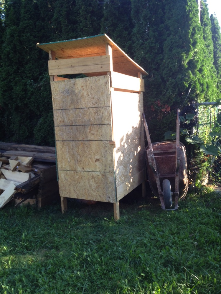 Les toilettes de chantier – Maison passive Ozalée